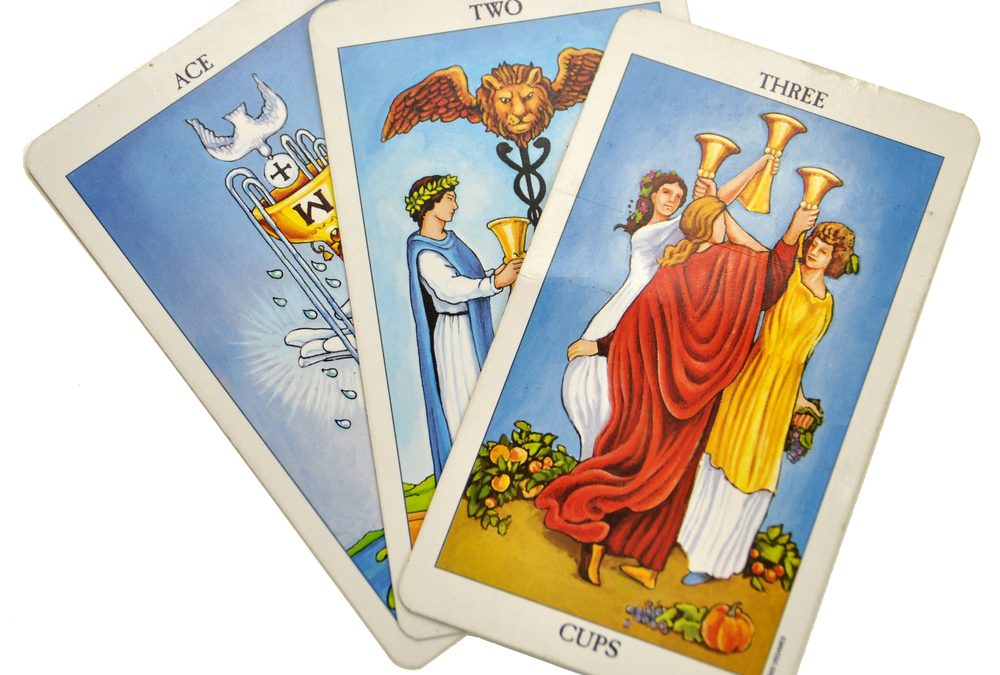 4 Simple Ways to Master the Tarot Suits