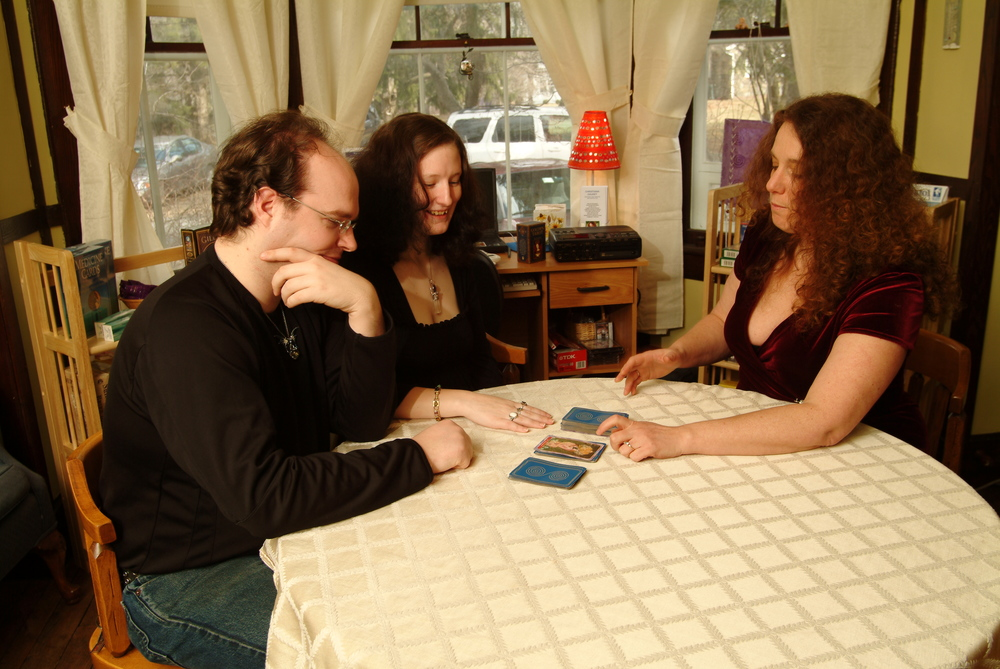 Answers to Your Questions about Tarot: Couples Readings