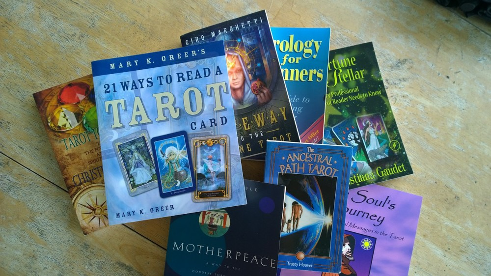 Answers to Your Questions about Tarot: How to Learn Tarot