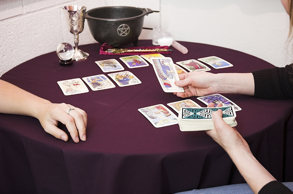 How to Discover your Inner Tarot Reader: An Eight-Point Guide
