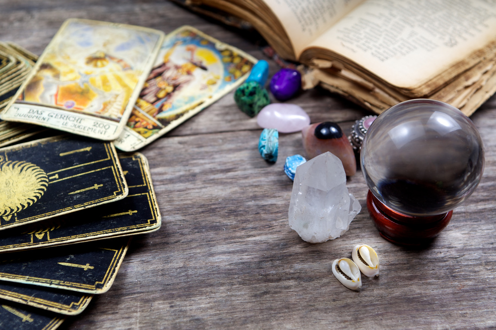 This week in tarot: smart, provocative blog posts
