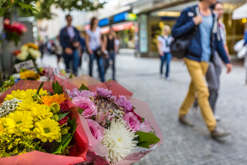 Let the Flowers Sell Themselves: The Best Marketing Advice I Ever Received
