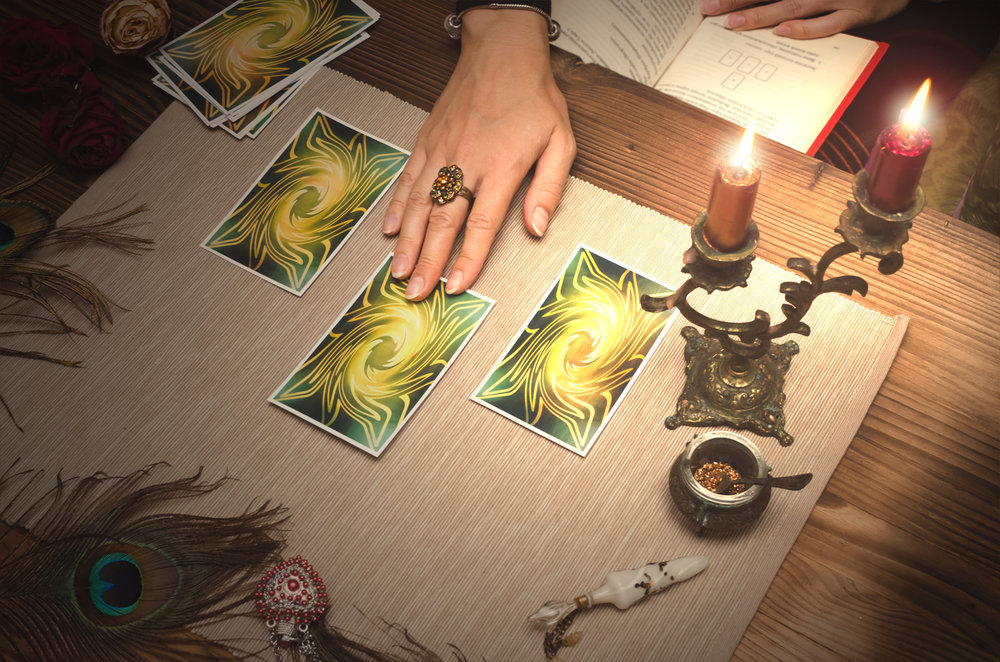 When Tarot Keywords Diverge