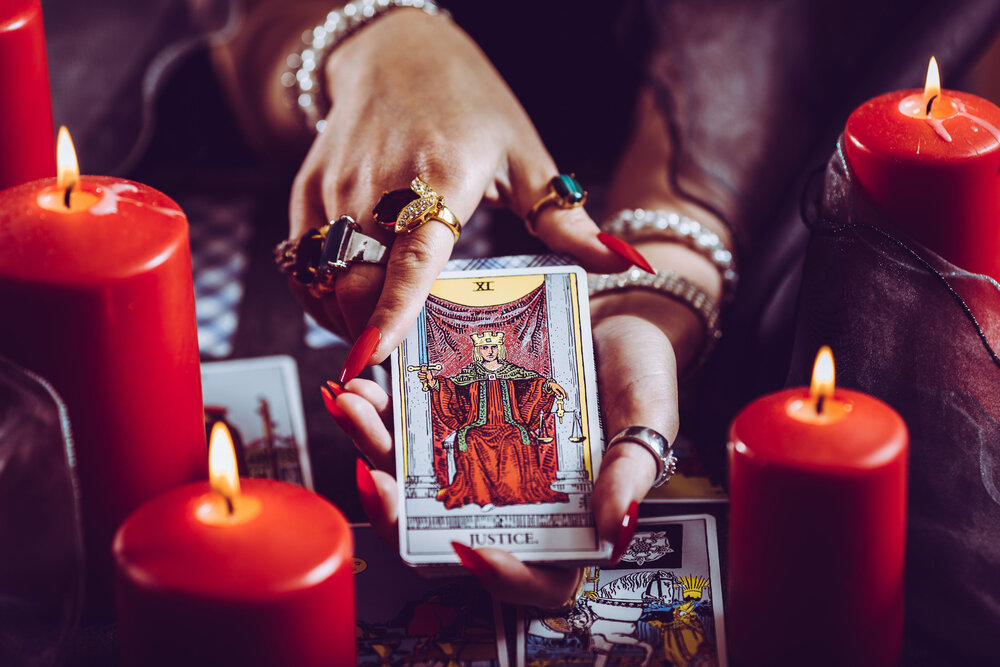Deep Tarot Musings on the Justice Card